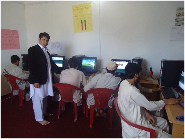 CSFO Computer beneficiaries during work